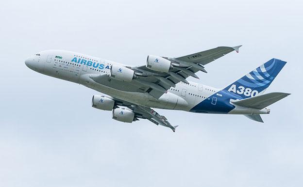 Flugzeug Airbus A380