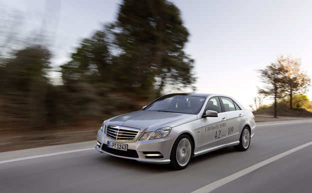 Mercedes-Benz E 300 BlueTEC HYBRID Elektro-Diesel-Hybrid