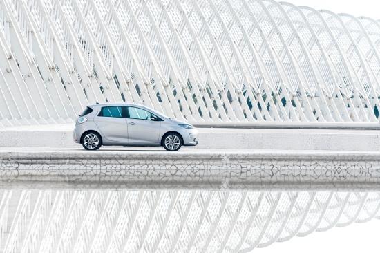 Renault ZOE: 43 kW / 58 PS Nenndauerleistung und 65 kW / 88 PS Maximalleistung (Quelle: Renault)
