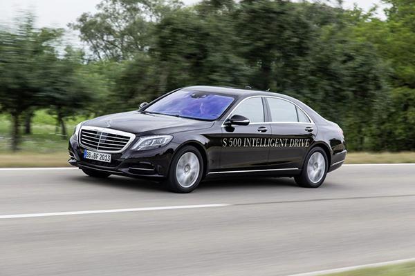 Mercedes-Benz S500 Intelligent Drive (Quelle: Daimler)