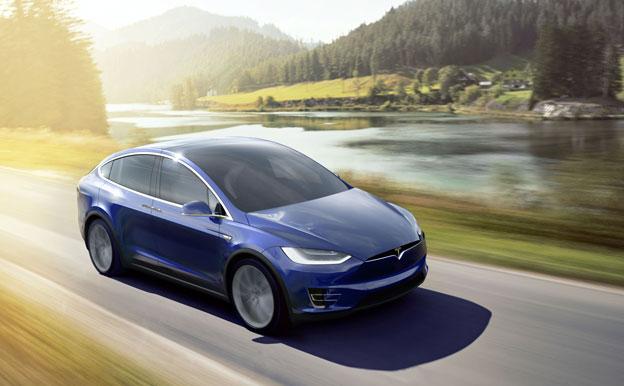 Tesla Model X Elektroauto Elektrofahrzeug
