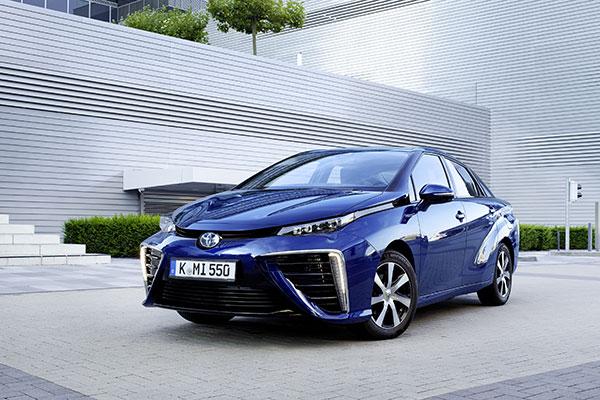 Toyota Mirai Brennstoffzellenauto Frontansicht