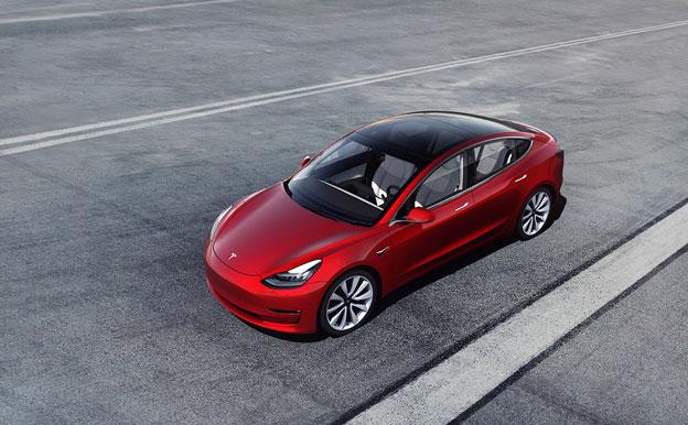 Tesla Model 3 Elektroauto Elektrofahrzeug
