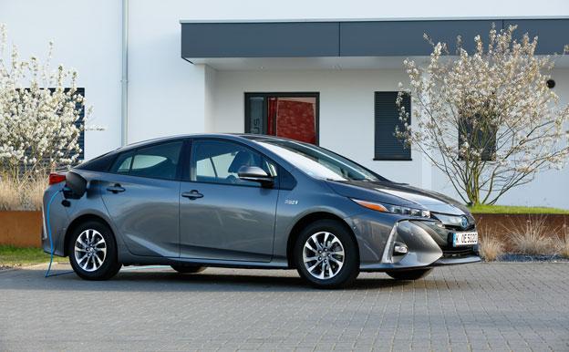 Toyota Prius Plug-In-Hybrid PHEV Plug-In-Hybridauto