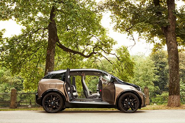 BMW i3 (120 Ah) Elektroauto Türöffnung