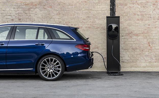 Mercedes-Benz C 300 de T-Modell Plug-In-Hybridauto Diesel