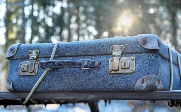 Titelbild Koffer Gepäck Reisen
