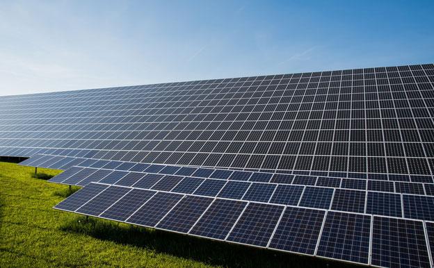 Titelbild Solarenergie Photovoltaik